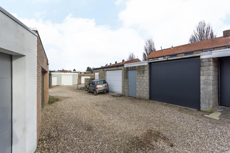 Bekijk foto 3 van Van Goudoeverstraat 18