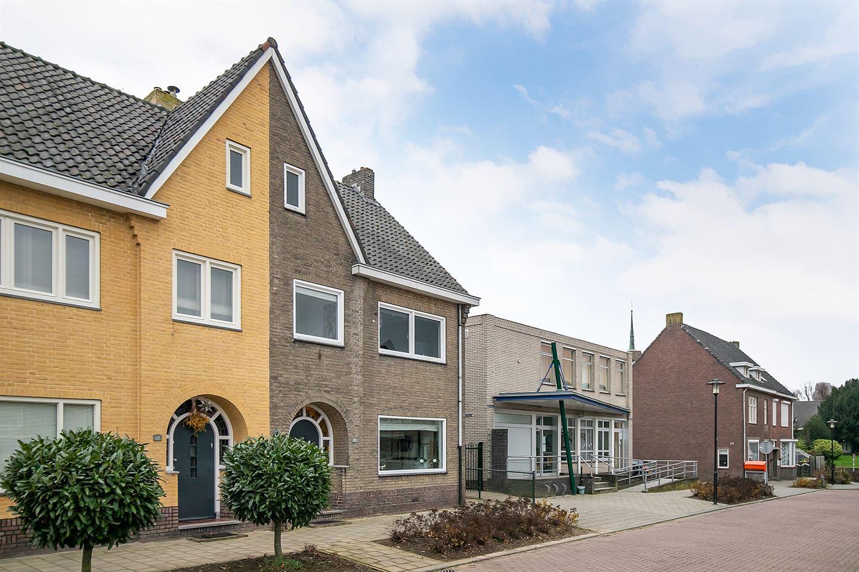 Bekijk foto 3 van Beatrixplein 23