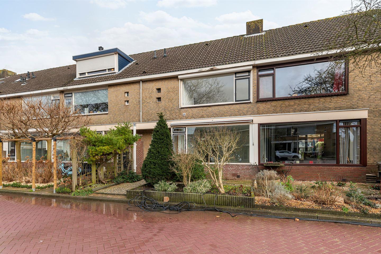Bekijk foto 1 van Johan Vermeerstraat 6