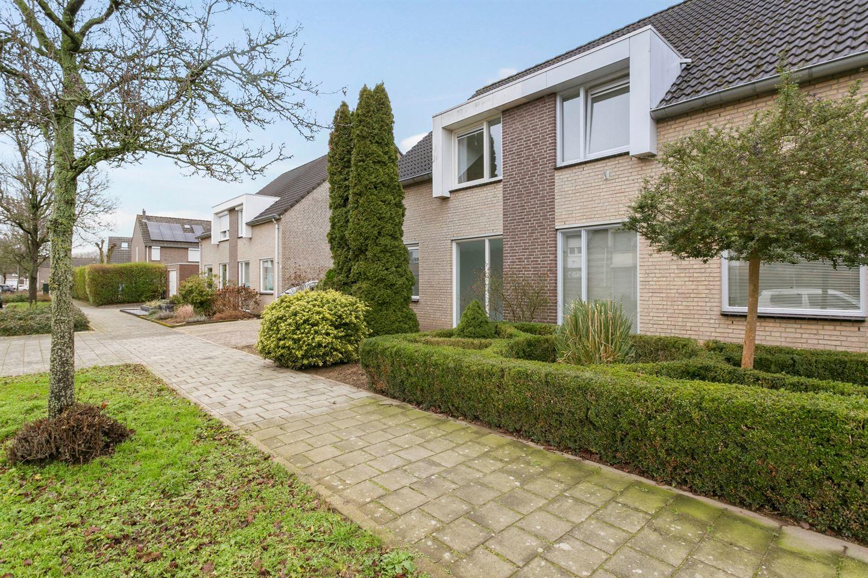 Bekijk foto 4 van Jan van Salmstraat 48