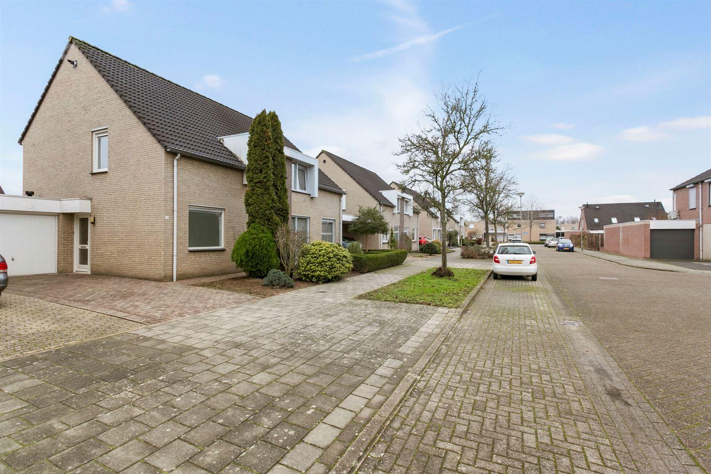 Bekijk foto 3 van Jan van Salmstraat 48