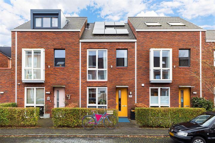 Van den Broekstraat 83