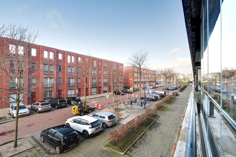 Bekijk foto 4 van Johan Hofmanstraat 208