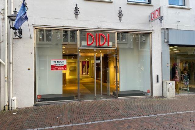 Bekijk foto 2 van Donkerstraat 18