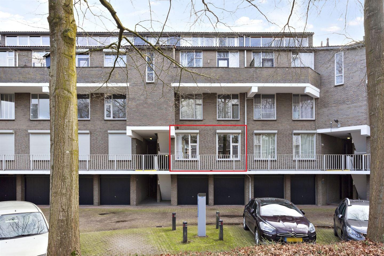 Bekijk foto 1 van Wethouder van Eschstraat 91