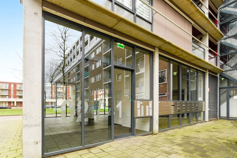 Bekijk foto 3 van Zandvoortstraat 34