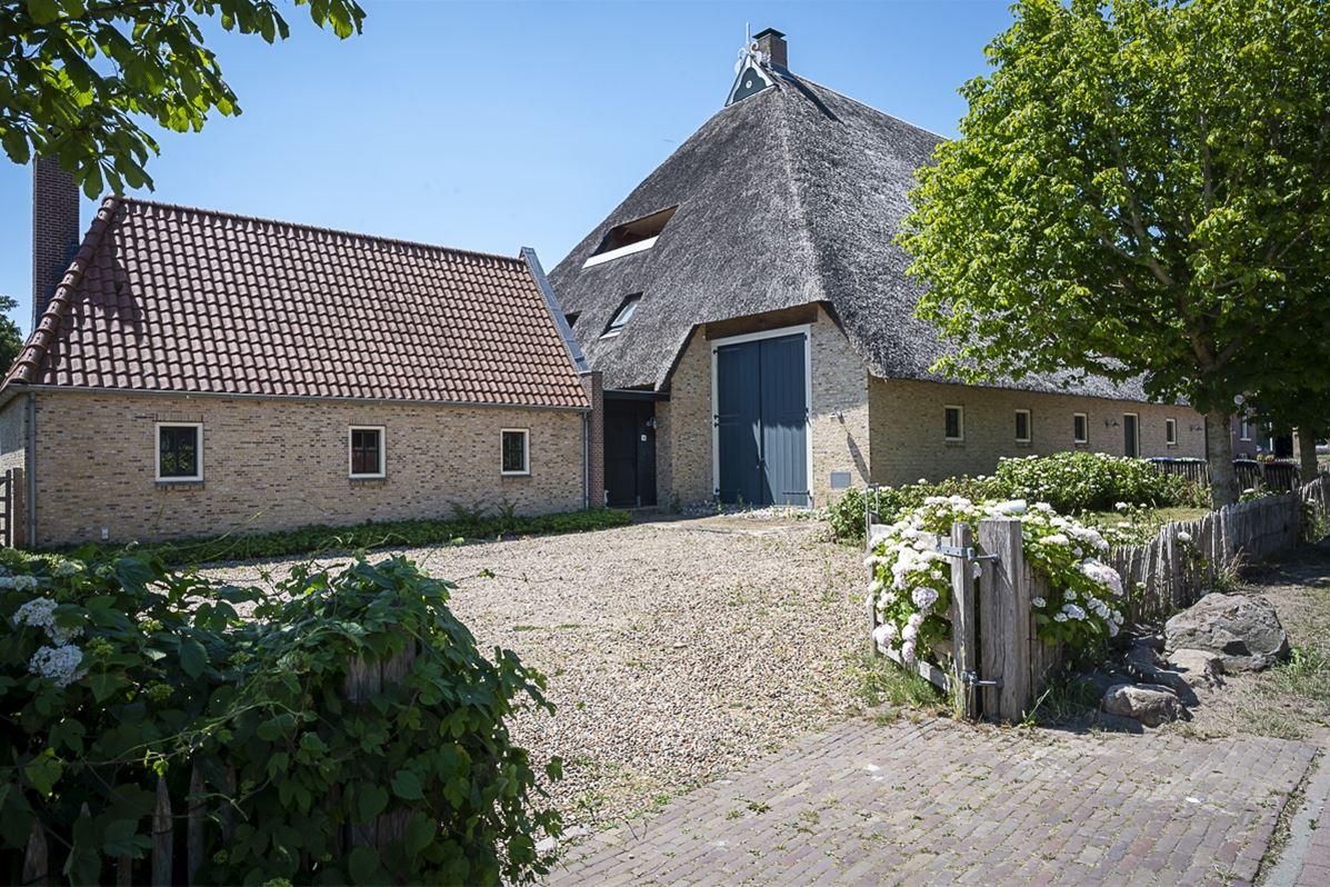Bekijk foto 3 van Jacobus Boomsmastraat 16