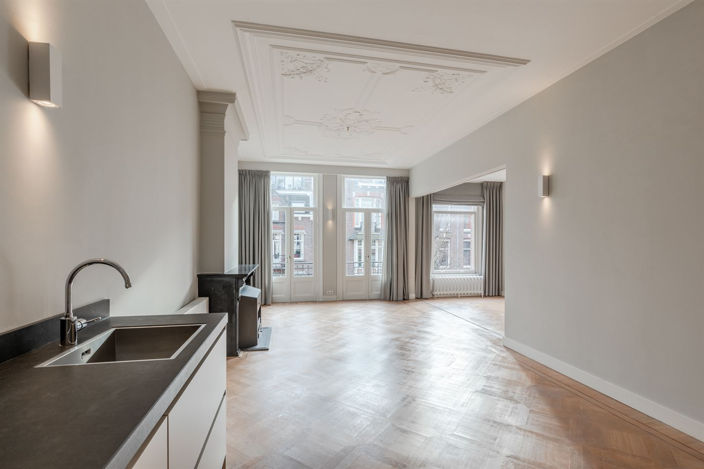 Bekijk foto 3 van Frans van Mierisstraat 56 II