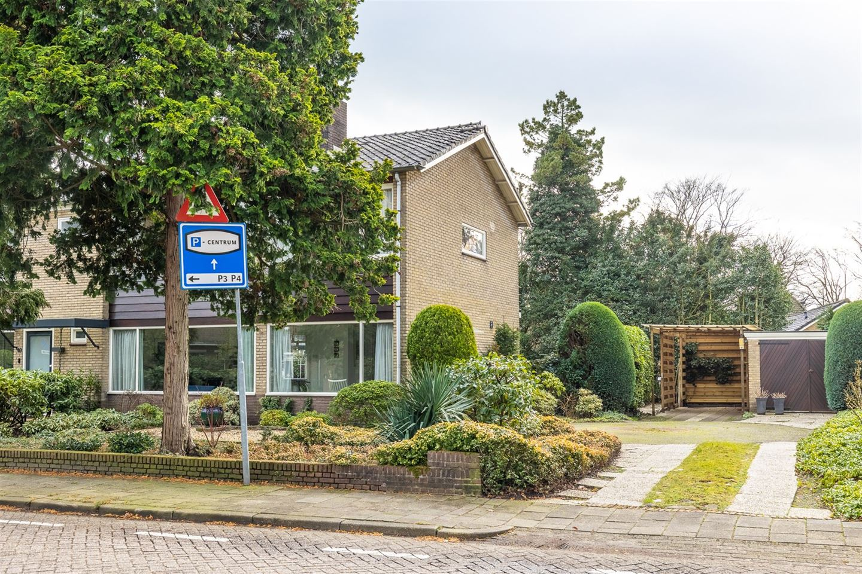 View photo 1 of Stationsweg 51