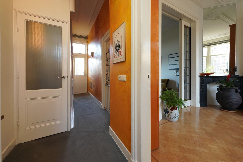 Bekijk foto 3 van Burghardt van den Berghstraat 4