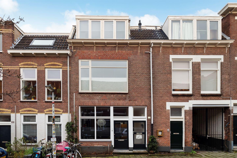 Bekijk foto 1 van Agnietenstraat 20 b