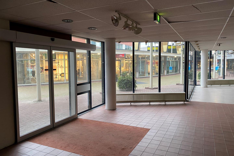 View photo 3 of Meubelplein 3