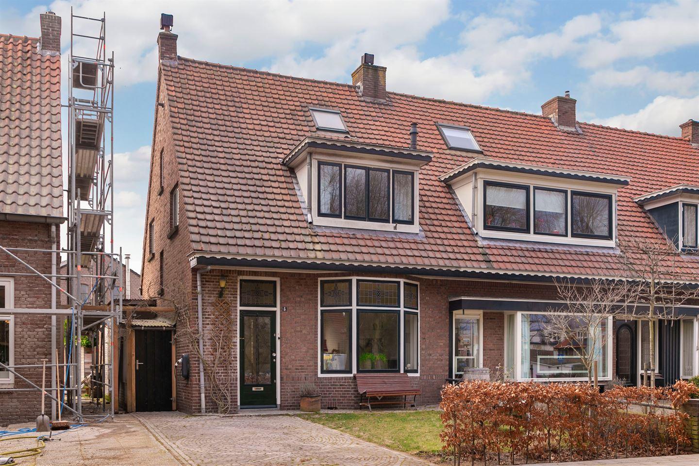 Bekijk foto 1 van Vermeerstraat 5