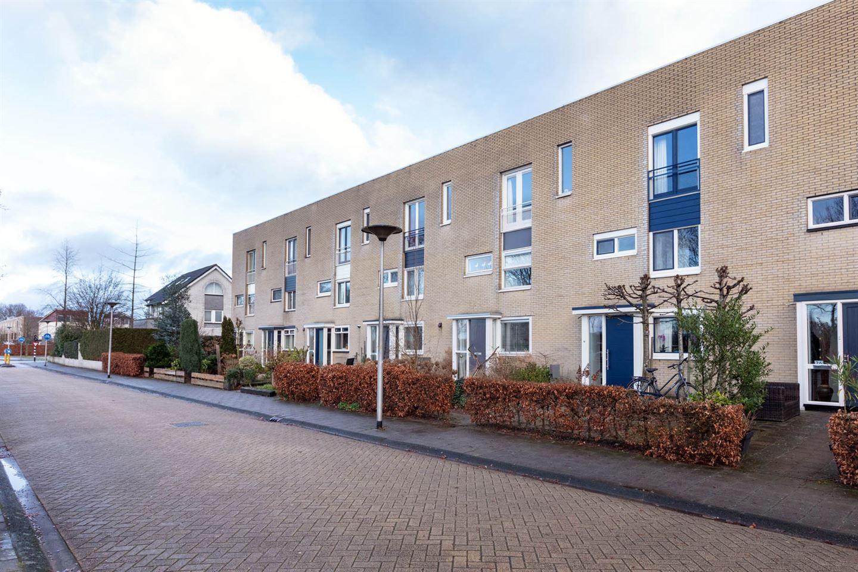 Bekijk foto 2 van Esbjergstraat 30