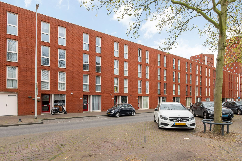 Bekijk foto 1 van Katendrechtsestraat 318