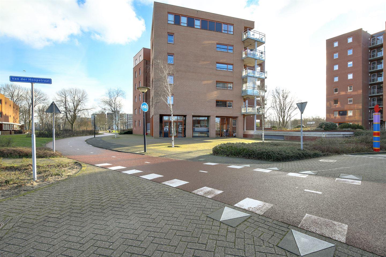 Bekijk foto 2 van van der Hoopstraat 89