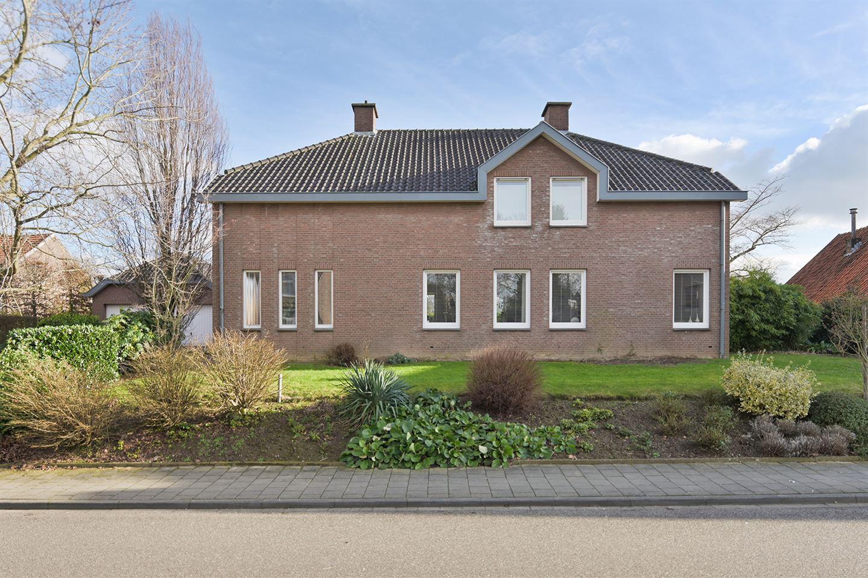 Bekijk foto 2 van Dorpstraat 16 A