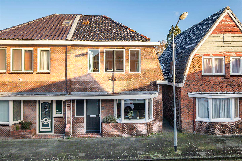 Bekijk foto 2 van Jacob van Heemskerkstraat 15
