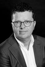 H. van Drie (Directeur)