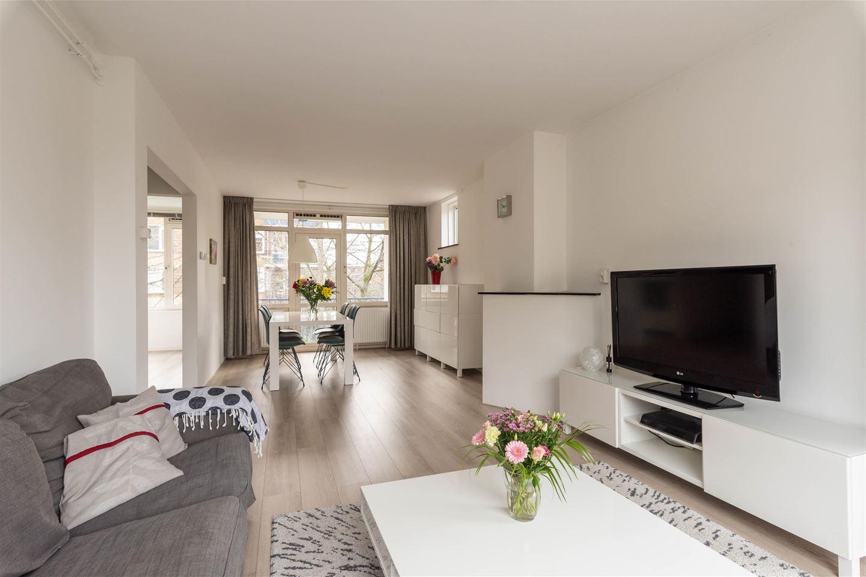 Bekijk foto 2 van Willem de Mérodestraat 52