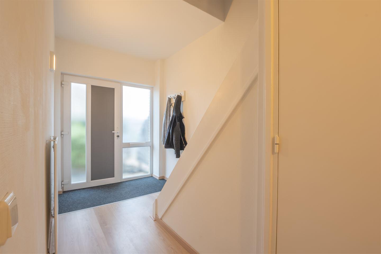 Bekijk foto 2 van Van der Scheurstraat 19