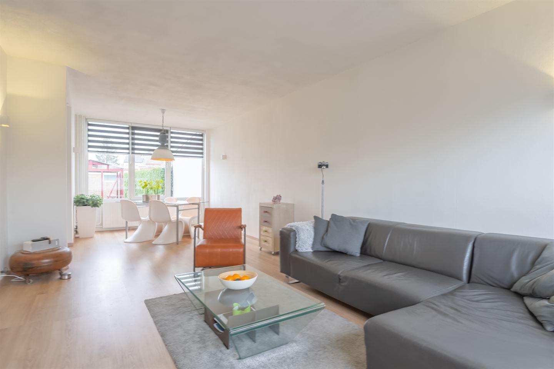 Bekijk foto 3 van Van der Scheurstraat 19