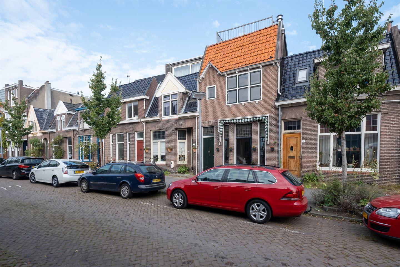 Bekijk foto 2 van Oranjestraat 9