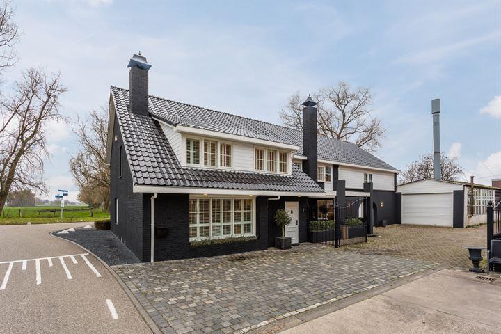 Vogelenzangstraat 7, Roosendaal