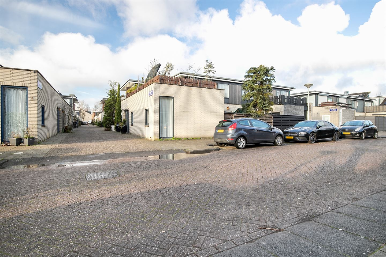 View photo 3 of L.J.M. Beelstraat 35