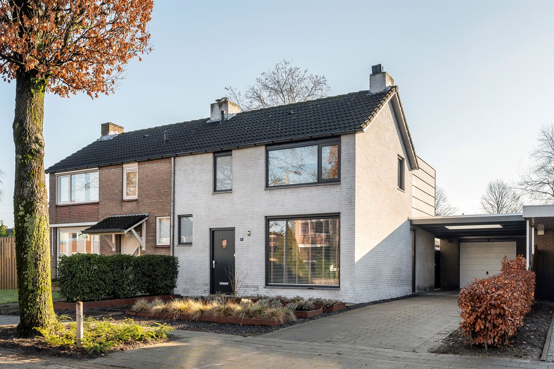 View photo 2 of Veldstraat 27