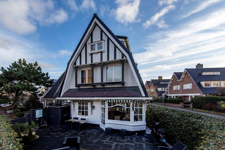 Bekijk foto 1 van Haarlemmerstraat 2