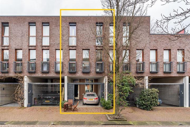 J.F. van Hengelstraat 70