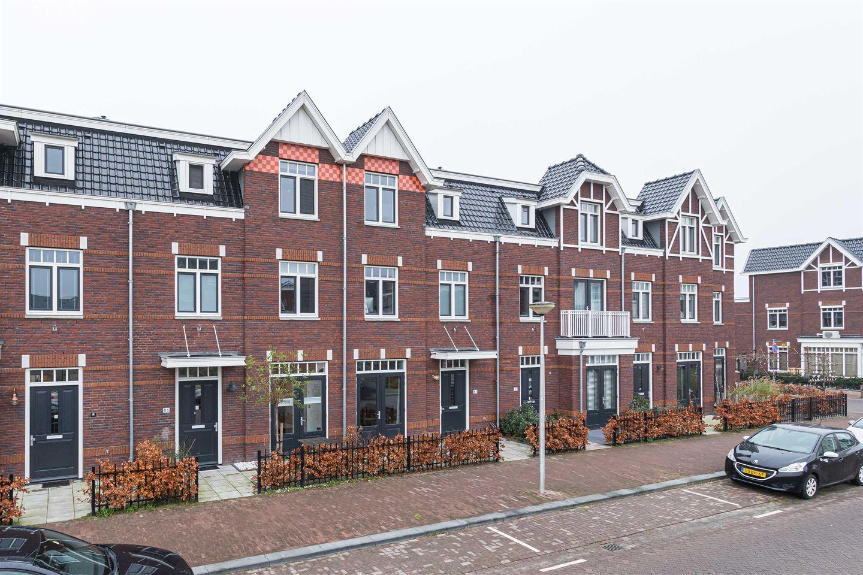 View photo 1 of Oude Rijnsburgerweg 84
