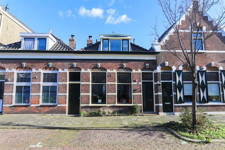 Arnold Hoogvlietstraat 47