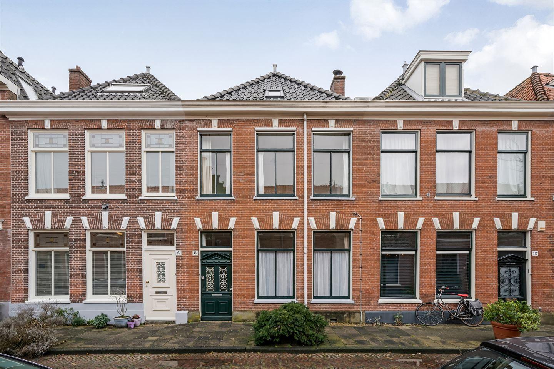 Bekijk foto 1 van Gerrit Doustraat 8