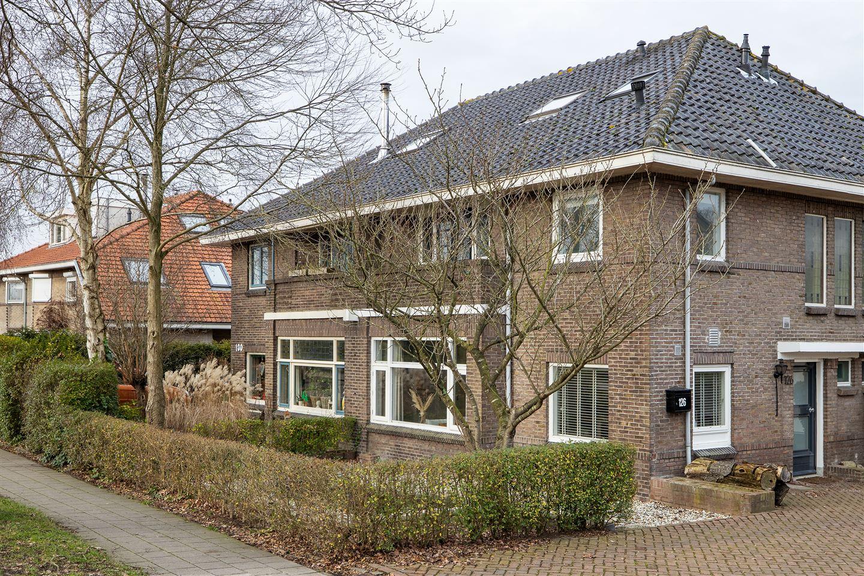 Bekijk foto 1 van Rijksstraatweg 126