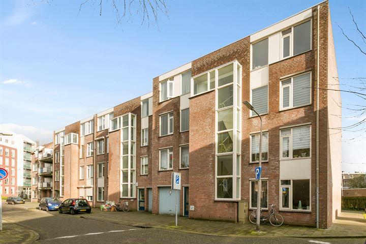 Meijer van Leeuwenstraat 45