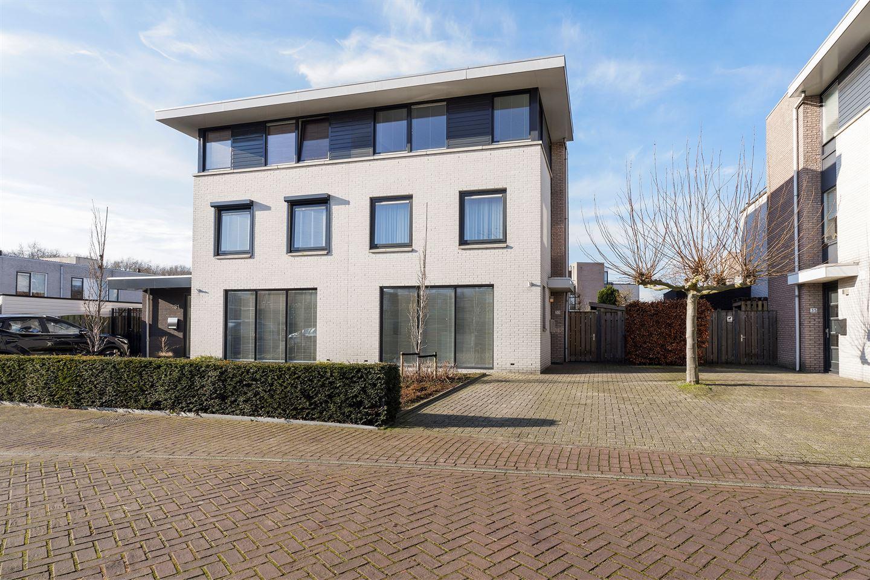 Bekijk foto 1 van Wim Sonneveldstraat 33