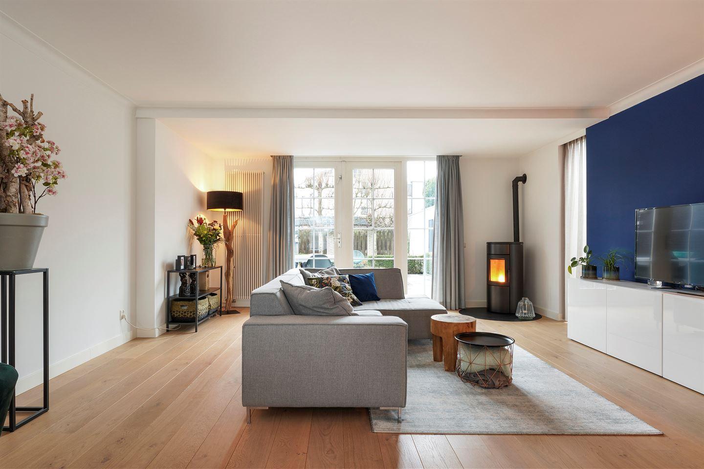 Bekijk foto 2 van Wim Sonneveldstraat 33