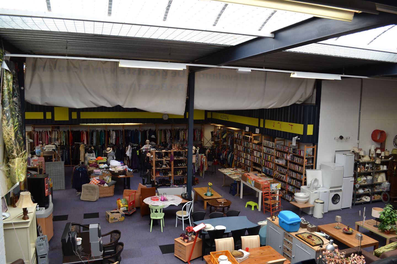 Bekijk foto 2 van Vlaardingenstraat 10
