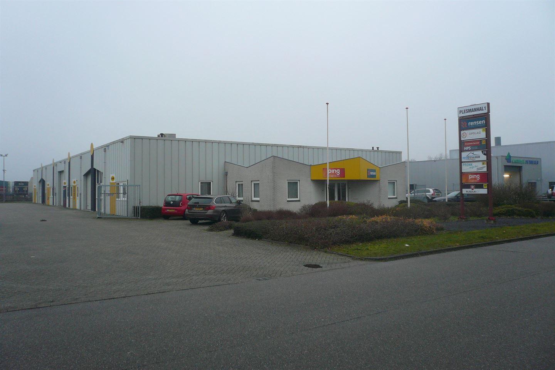 Bekijk foto 2 van Plesmanstraat 67-69