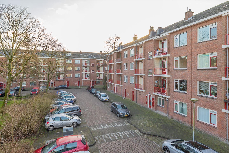 Bekijk foto 1 van Beemsterstraat 124