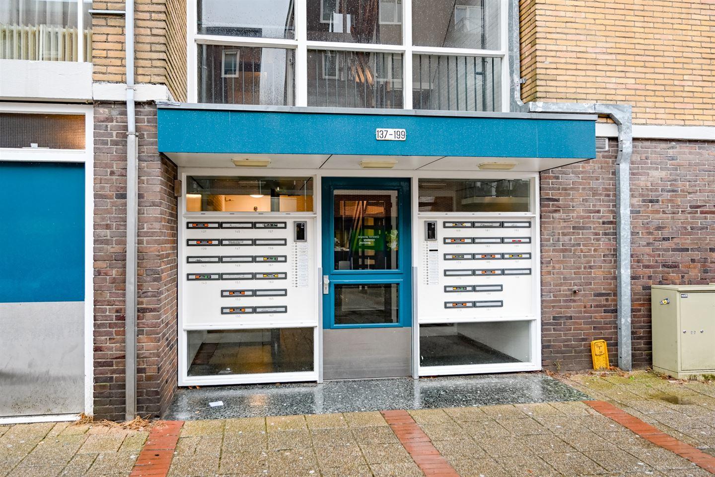 Bekijk foto 2 van Weegbreestraat 195