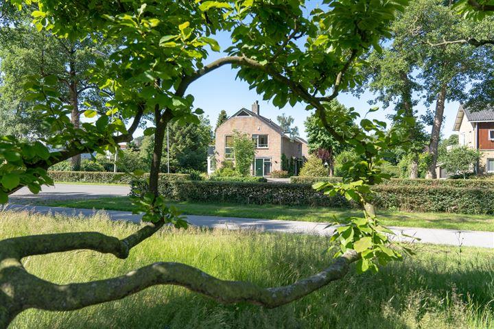 Burg. J.G. Legroweg 13