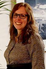Lisette van den Bos-Slot (Secretaresse)
