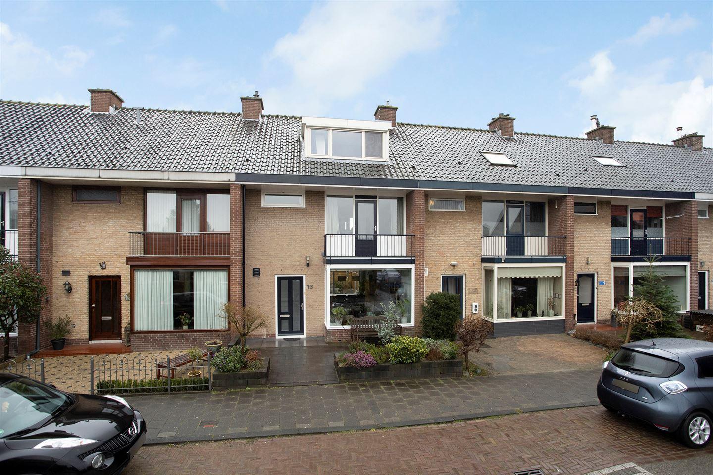 Bekijk foto 1 van Houtsnipstraat 13