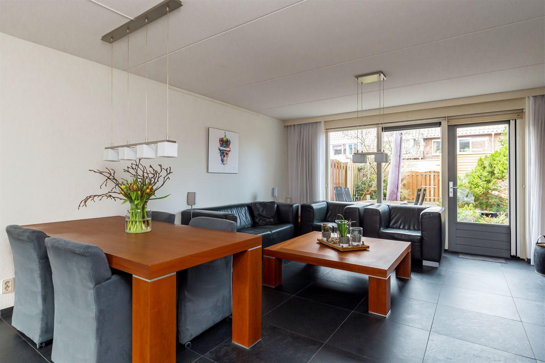 Bekijk foto 4 van Zonnebloemstraat 34