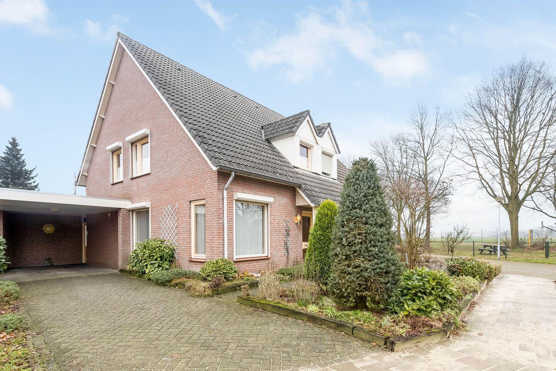 View photo 1 of Grootveld 54