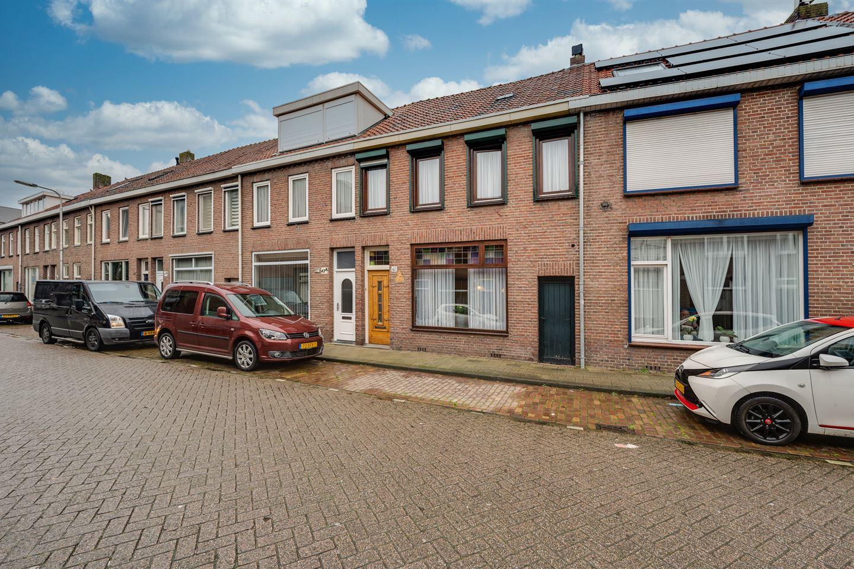 Bekijk foto 1 van Groeseindstraat 47