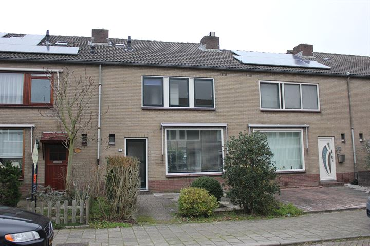 Zwaluwstraat 16